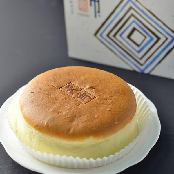 チーズケーキ天角